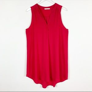 Lush Sleeveless Hi Low Top in Red - Extra Large